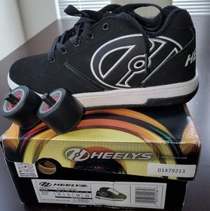Heelys Propel 2.0 Youth Skates Sneakers. Size: 4